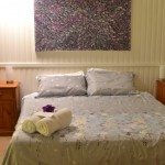 Maleny accommodation King bed room